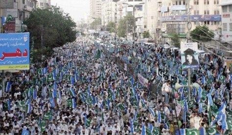820x480xKarachi-Pakistan-820x480.jpg.pagespeed.ic.XpfdQCve_Q.jpg