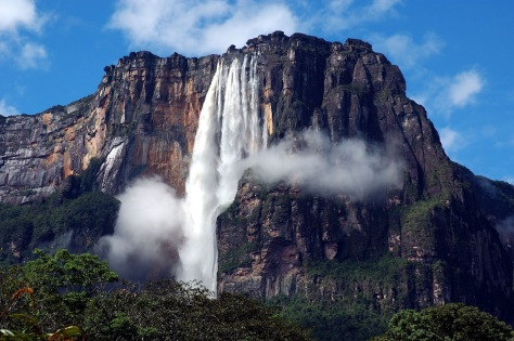 Angel-Falls-Venezuela-HD-Wallpaper.jpg