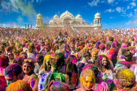 Holi_Festival_of_Colors_Utah,_United_States_2013-1.jpg