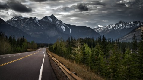 road-trip-on-a-stormy-day-canada-wallpaper-for-1366x768-67-239.jpg
