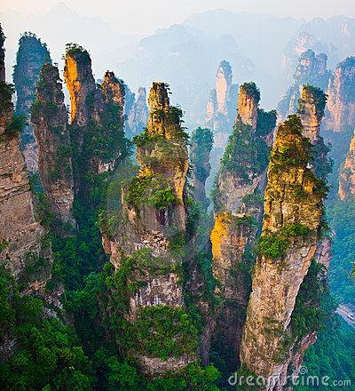 stunning-landscape-zhangjiajie-china-20391321.jpg